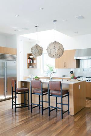 2016复式两层海景别墅装修设计客厅效果图