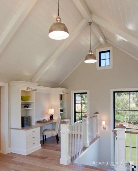 70平米美式简约斜顶阁楼客厅装修效果图
