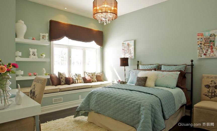 清新浅绿色卧室飘窗装修设计效果图