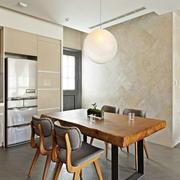 复式楼简约风格餐厅实木桌椅