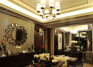180平米美式样板房客厅吊顶装修效果图