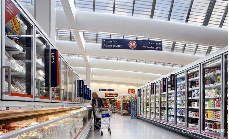 外国大型现代超市货柜装修设计效果图