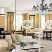 别墅欧式风格精致印花客厅玻璃隔断墙装饰图