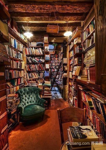 大型美式乡村风格深色原木书房装修效果图