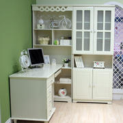 简约米白色儿童房整体书桌书柜效果图