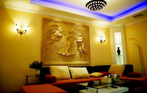 温馨新古典风格家居客厅壁灯装修图片