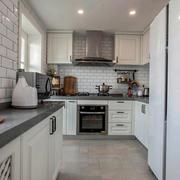 美式小厨房白色橱柜