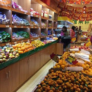 现代小区便利60平米水果店装修效果图