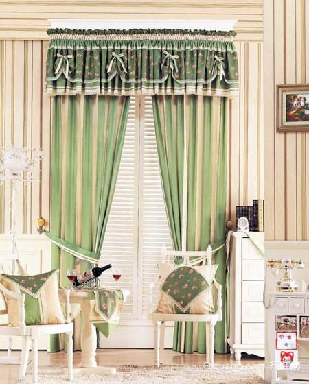 两室一厅韩式绿色系简约客厅窗帘装修效果图