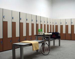 大型体育馆公共更衣柜装修效果图