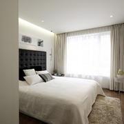 现代白色卧室装饰