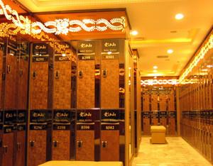 大型奢华欧式风格桑拿房更衣柜装修效果图