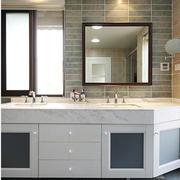 房屋浴室柜图片展示