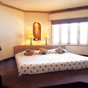 40平米极具现代化的榻榻米床装修效果图