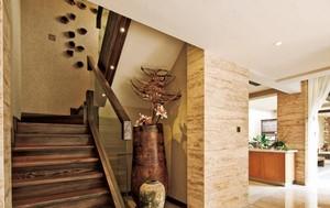 247平米复式楼唯美原木楼梯装修效果图