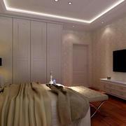 30平米简约卧室衣柜装饰