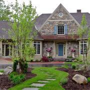 美国迷人小别墅外观装修设计效果图