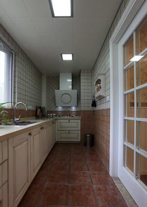 小户型简约风格厨房集成吊顶装修效果图