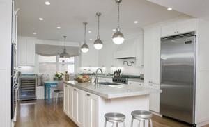 北欧风格开放式厨房纯白色背景装修图片