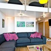 简约风格居民楼客厅沙发装饰