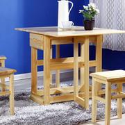 原木浅色系折叠桌椅装饰