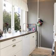 小户型北欧厨房吧台装饰