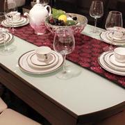 大型原木圆形可折叠桌椅装饰