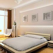 现代简约风格低矮卧室床头柜装饰