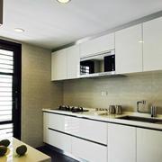 一字型简约厨房橱柜装饰