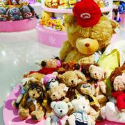 玩具店置物柜装饰