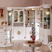 大型别墅欧式奢华风格客厅大型酒柜装修效果图