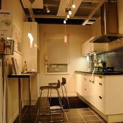欧式暖色系整体厨房装饰