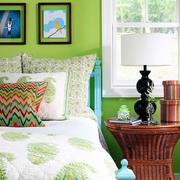 清新果绿色卧室装饰