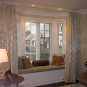 复式楼时尚风格飘窗设计装修效果图