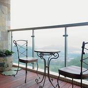 简约风格阳台桌椅装饰