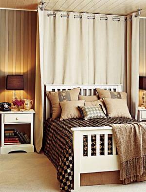 30平米法式朴素风格卧室装修效果图