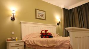 单身公寓时尚风格床头壁灯效果图片