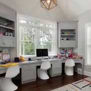 小户型简约家庭书房整体书柜装饰