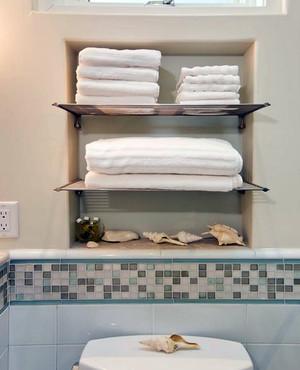 2016别墅自然风格卫生间毛巾架图片