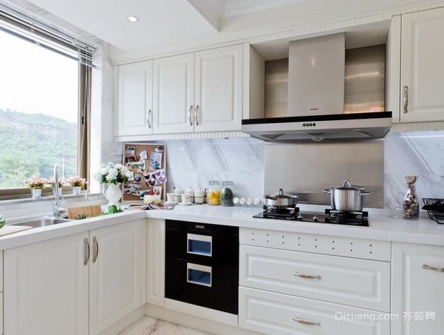 大户型欧式简约风格整体厨房装修效果图