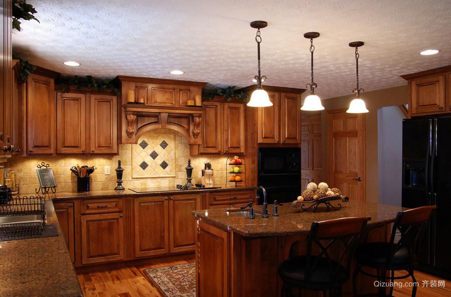 美式大户型别墅厨房装修设计效果图
