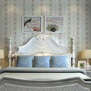 复式楼卧室壁纸装饰