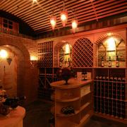 温馨型酒窖装修图片