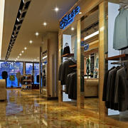 欧式奢华风格服装店装饰