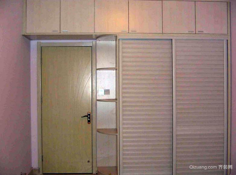 100平米实木整体衣柜设计效果图