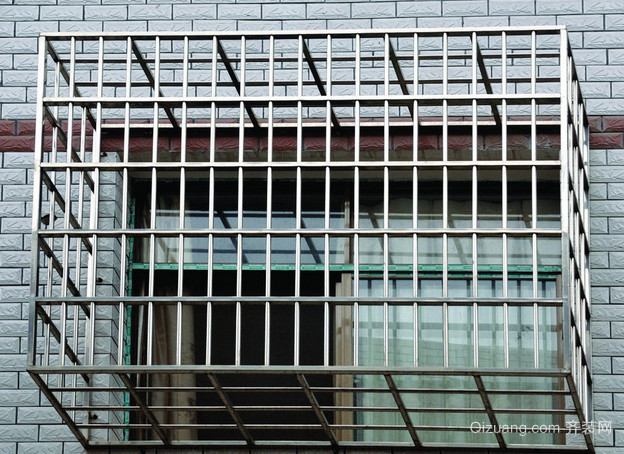 三居室光亮型不锈钢新型防盗窗效果图
