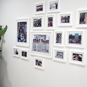 白色调照片墙装修