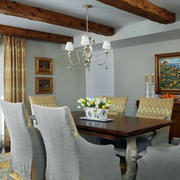 法式简约风格餐厅桌椅装饰