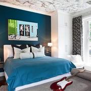 现代简约风格卧室床头柜装饰