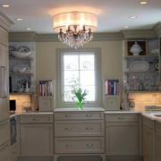 厨房简约吊顶装饰